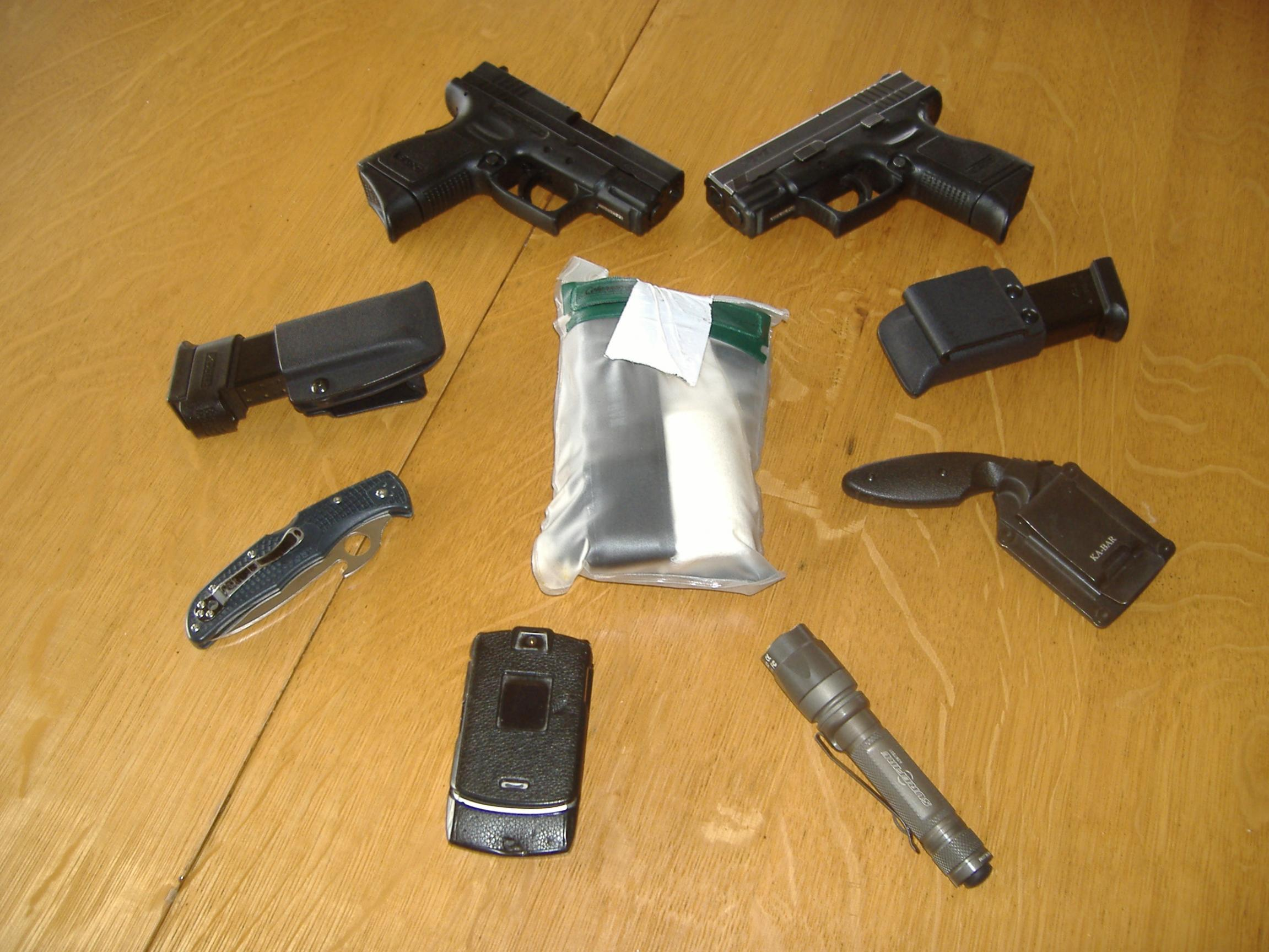 On any 'average' day, what are you carrying? Gun, knife, flashlight?-001.jpg