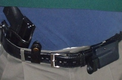 Searching for a horizontal magazine pouch, discreet for CCW on my belt....-002.jpg