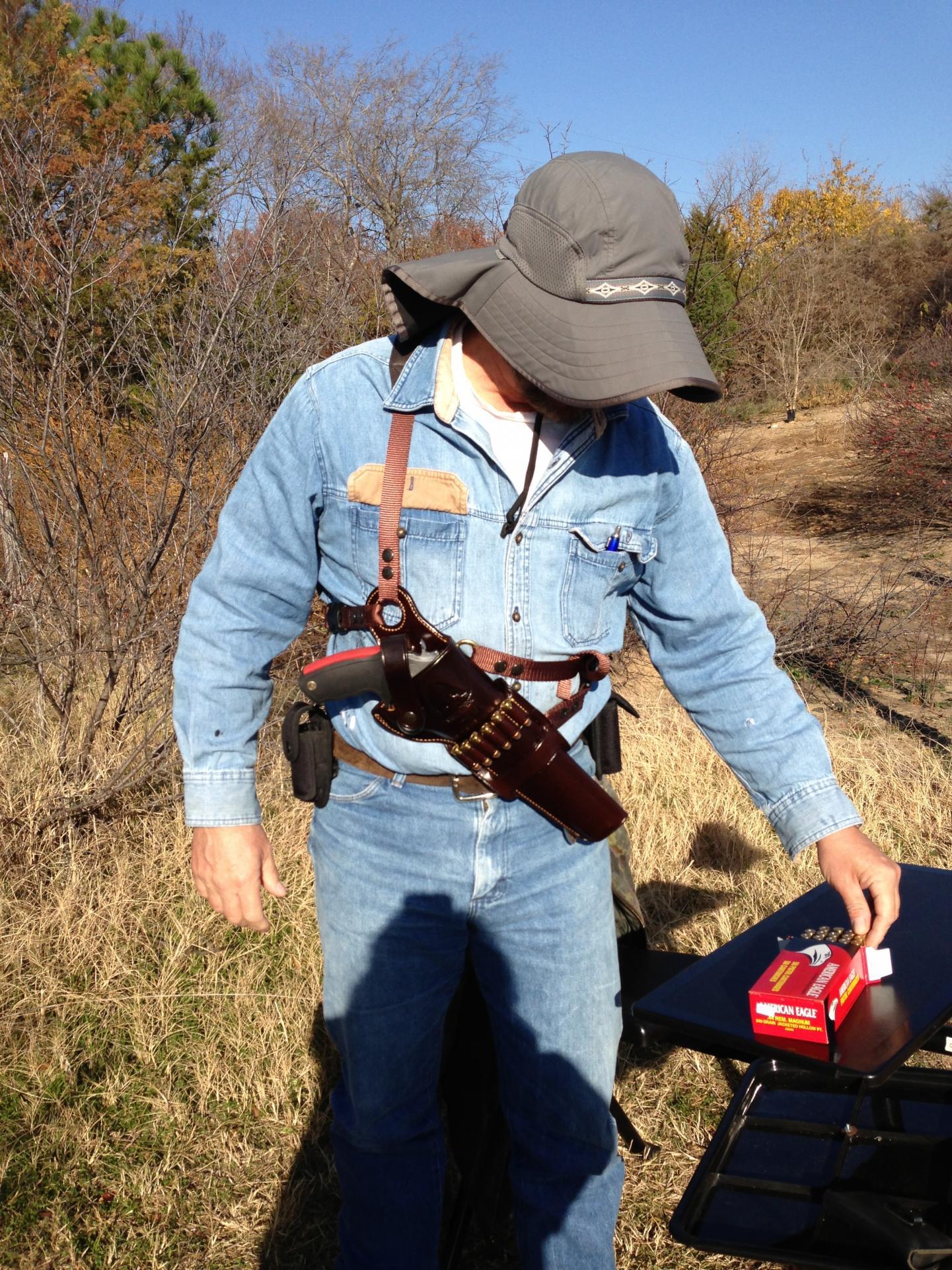 Galco Gun Leather Kodiak shoulder/crossdraw rig for long barreled  big bore DAs-002.jpg