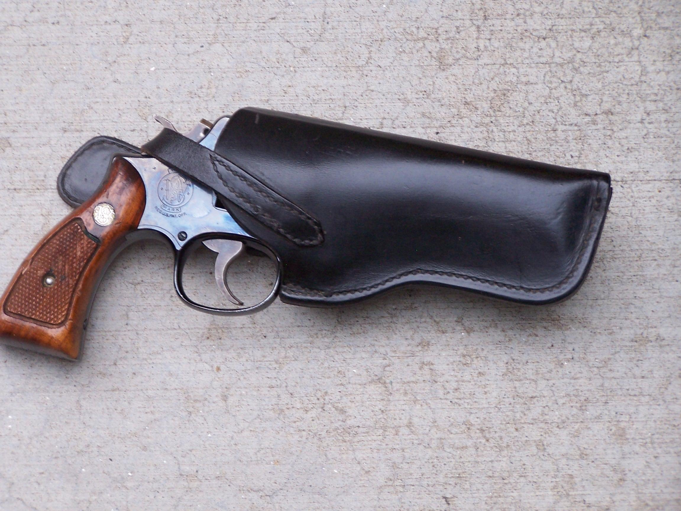 Retro look holster for S&W m36-1-004.jpg