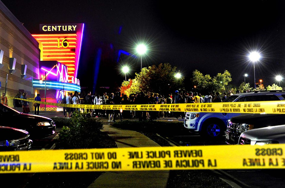 Man Shot in Movie Theatre while Texting-00shooting01.jpg