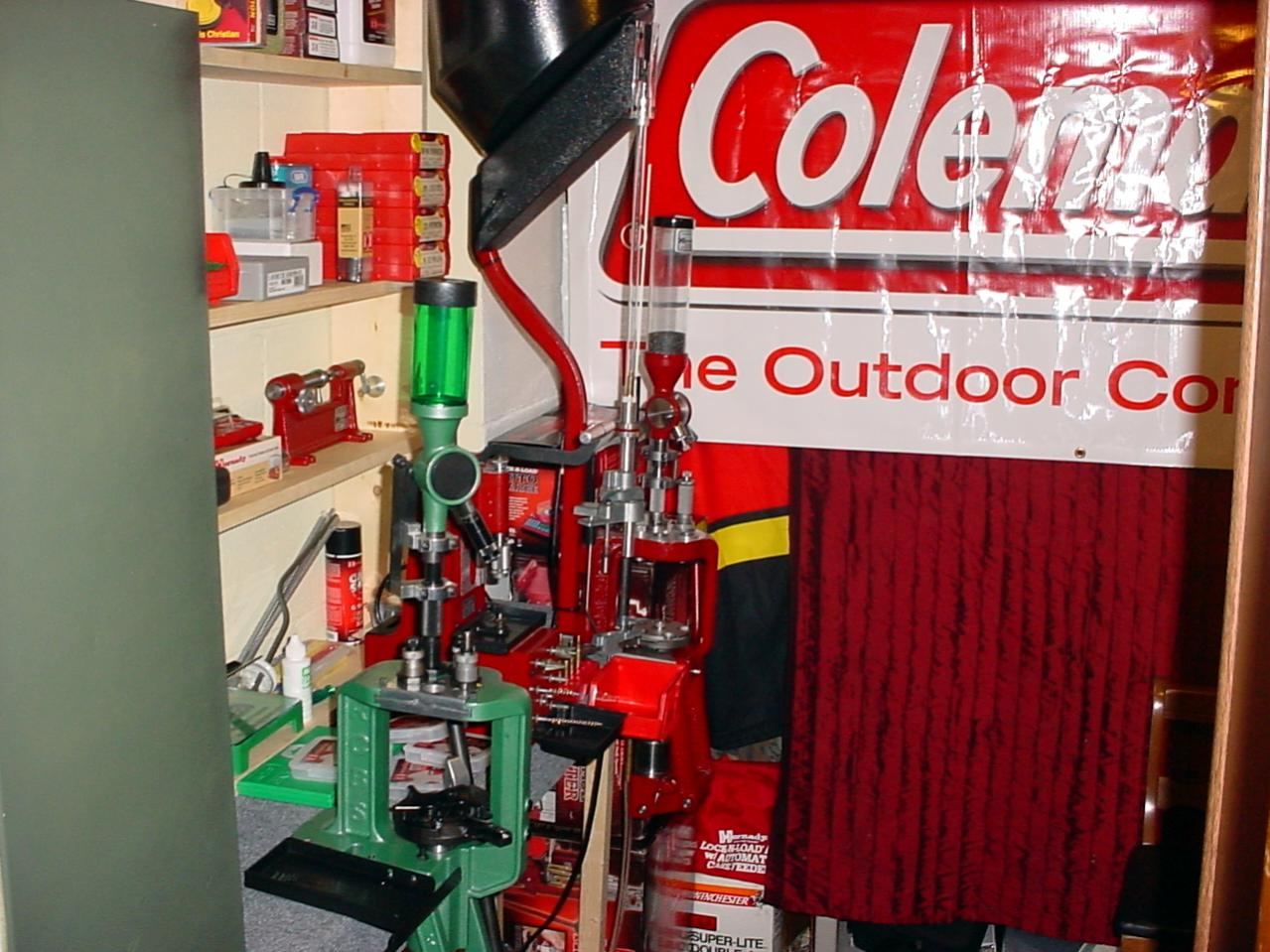 Let's See Your Reloading Bench-01.jpg