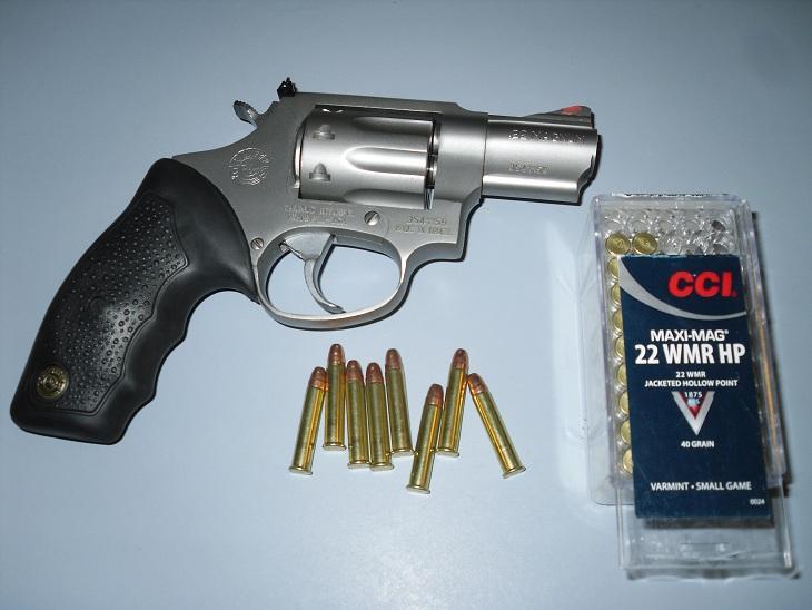 wifes new revolver-0101.jpg