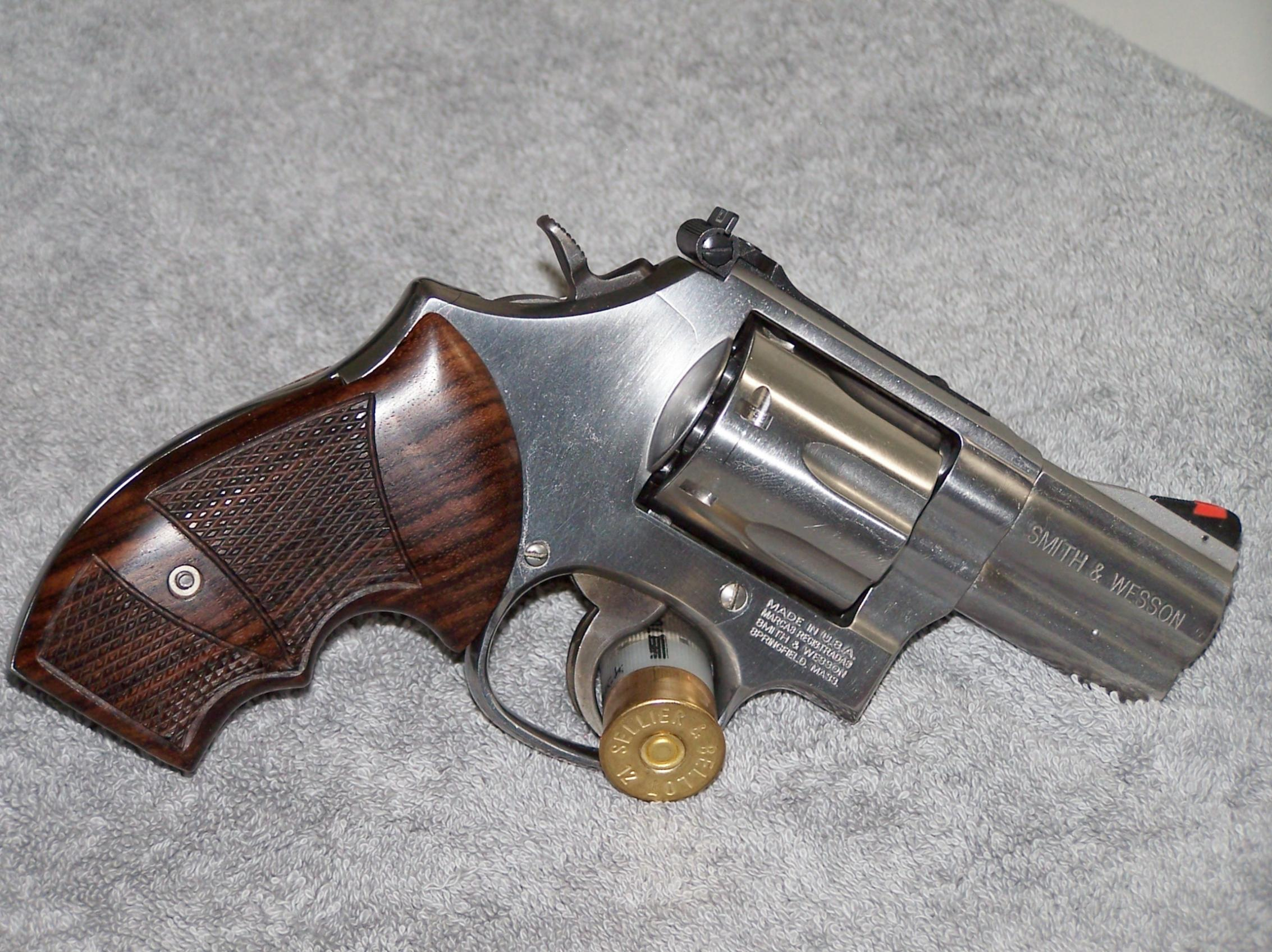 Anyone Carry An L Frame? Smith & Wesson 686 To Be Exact? How?