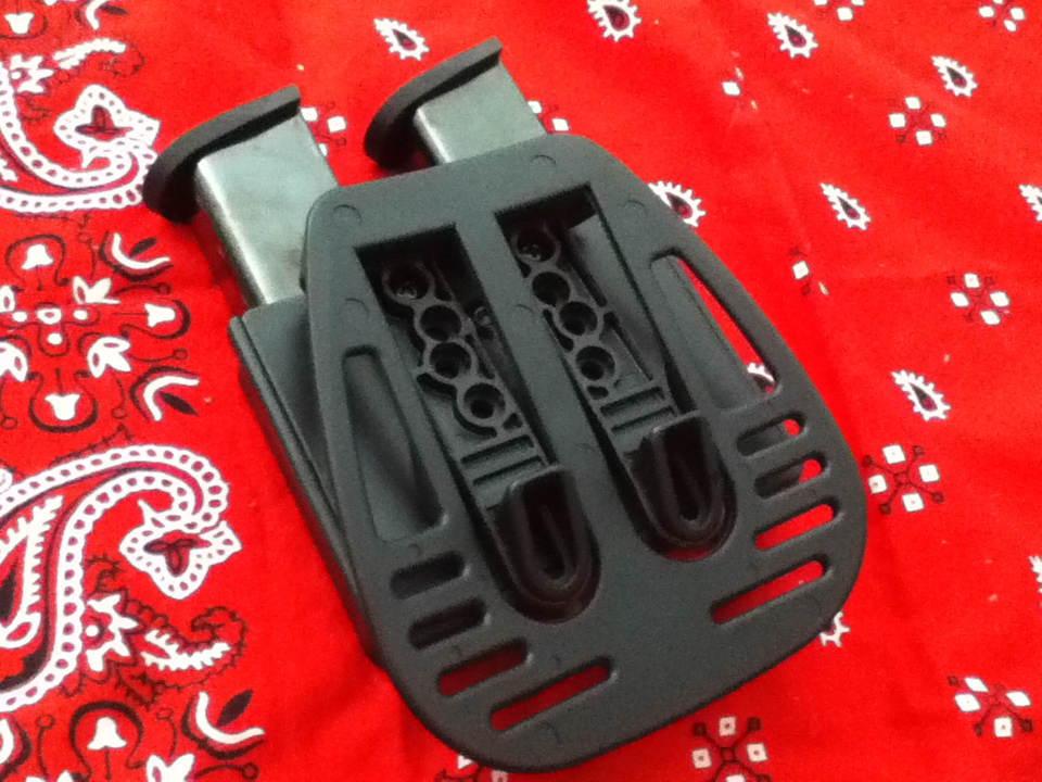 Uncle Mikes Law Enforcement Dual Kydex Mag Holster-076.jpg