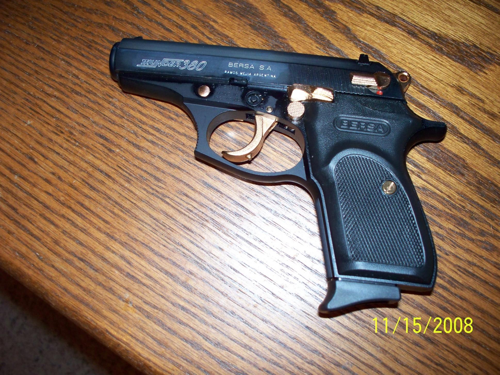 A Gun for the Wife-100_0068.jpg