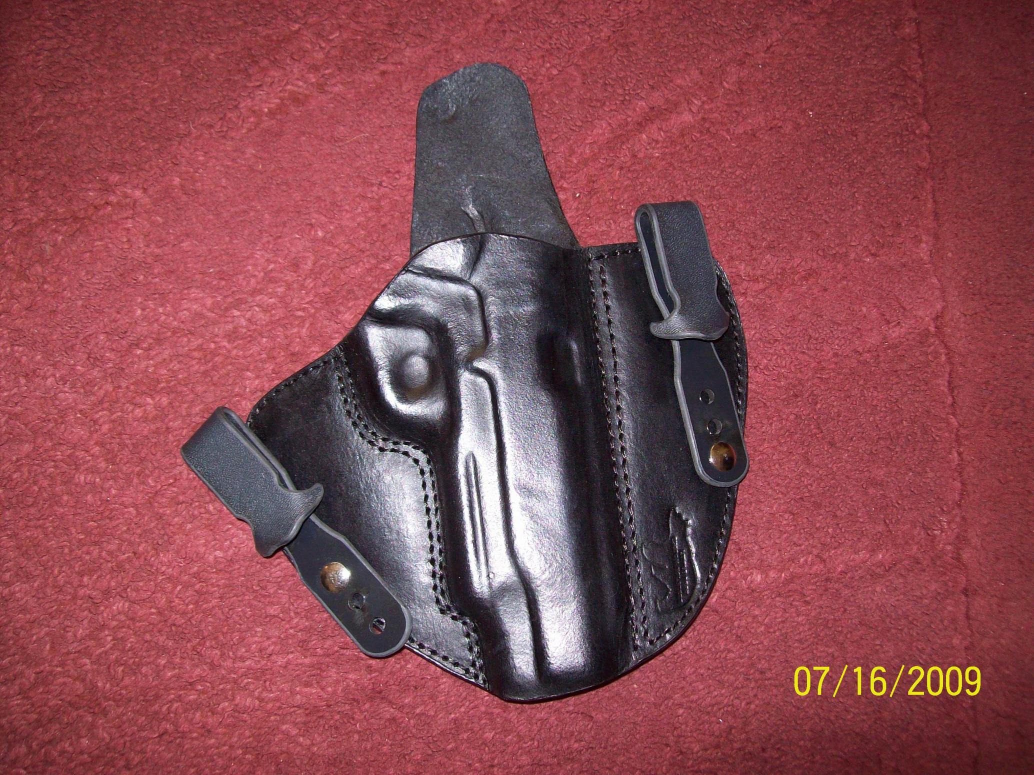 New holster from Little Bear Holsters-100_0077.jpg
