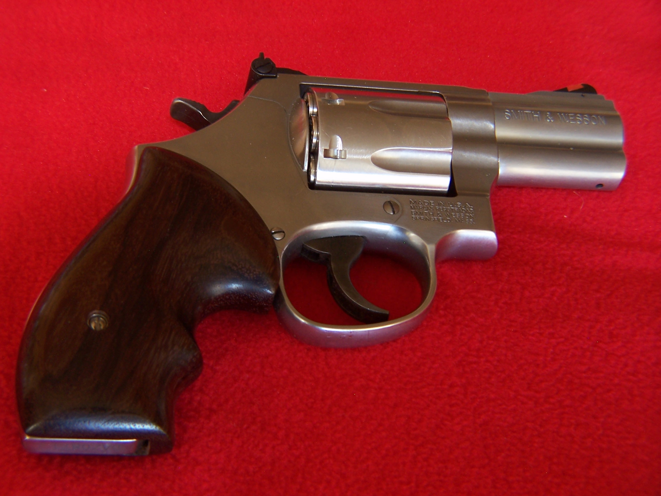 "What would be your choice grip for a S&W ""J"" frame 'Pocket Carry' revolver?-100_0360.jpg"