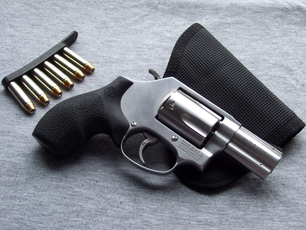 Can you identify this revolver?-100_0387.jpg