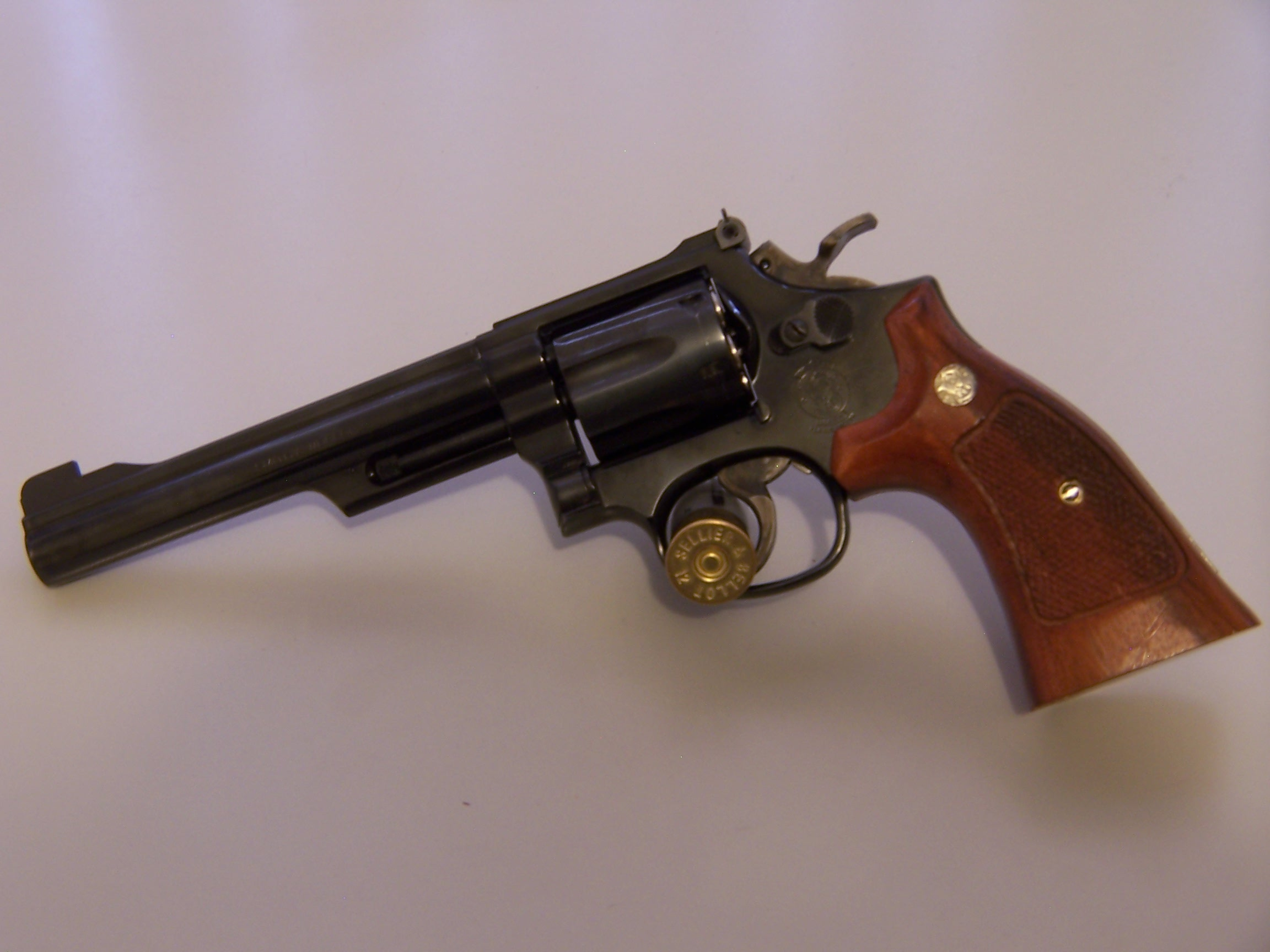 Smith & Wesson Model 19-100_0397.jpg