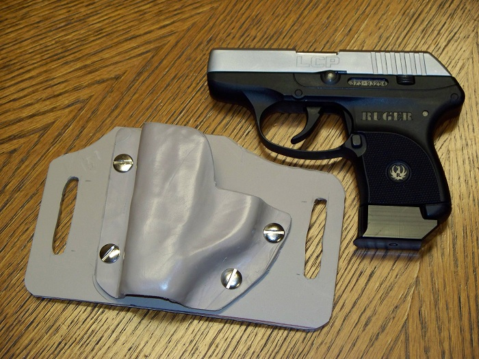 Ruger LCP Holster-100_0510sm.jpg