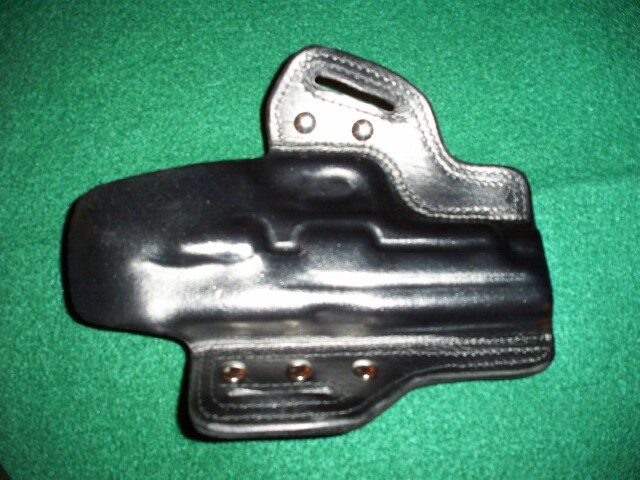 Pure Kustom Black Ops Holster Review-100_0595-2-.jpg