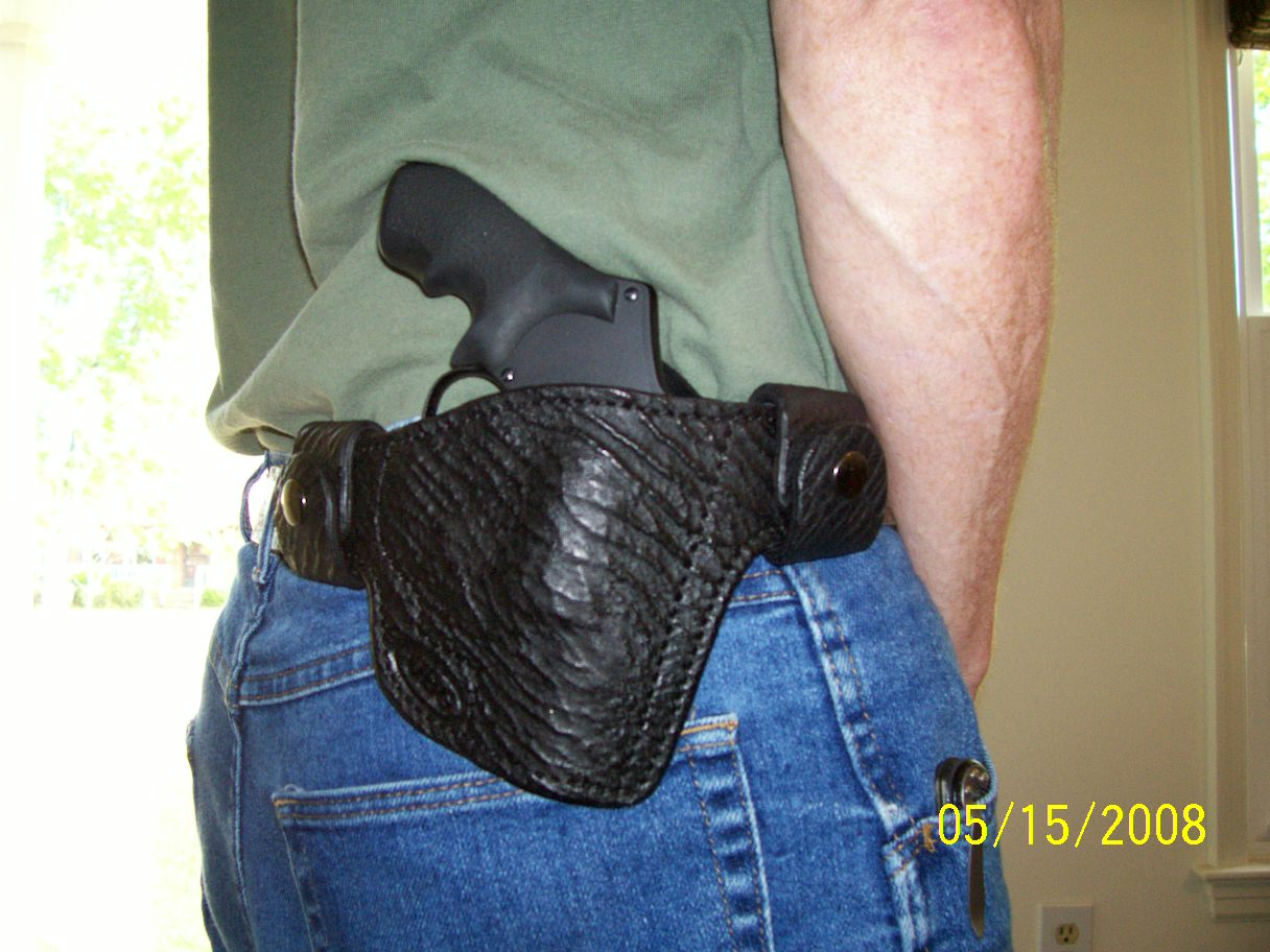 Let's See Pictures Of Your Snubnose Holsters-100_0610.jpg