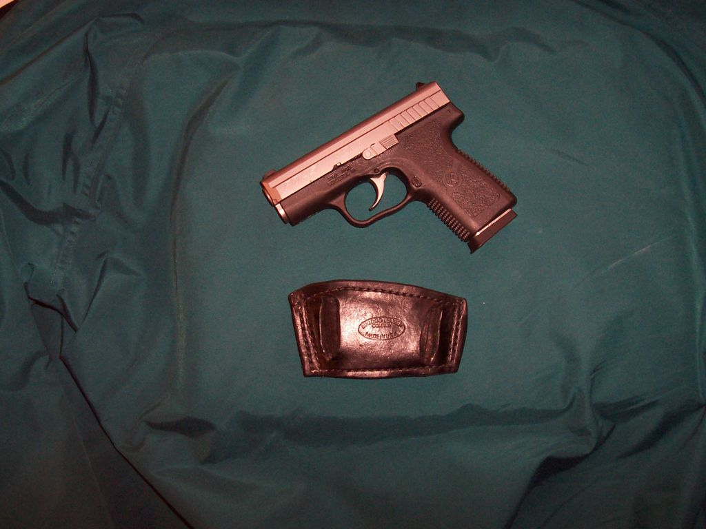 Holsters for the new Kahr PM45 ?-100_1441resize.jpg