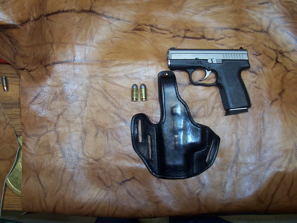 Holsters for the new Kahr PM45 ?-100_1500.jpg