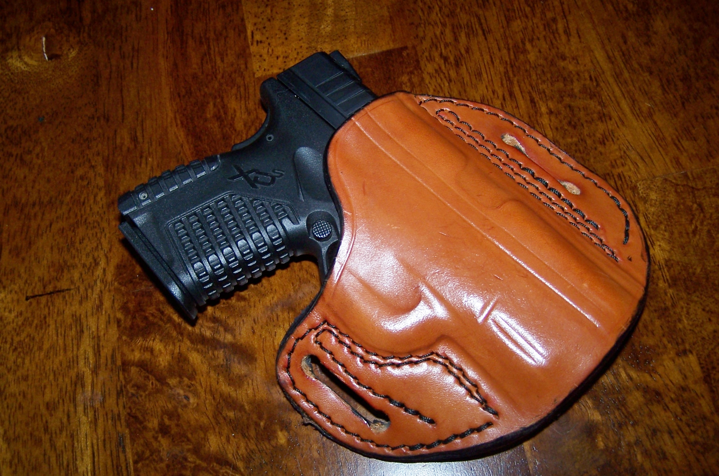 Do any of you carry concealed with an OWB holster?-100_1586.jpg