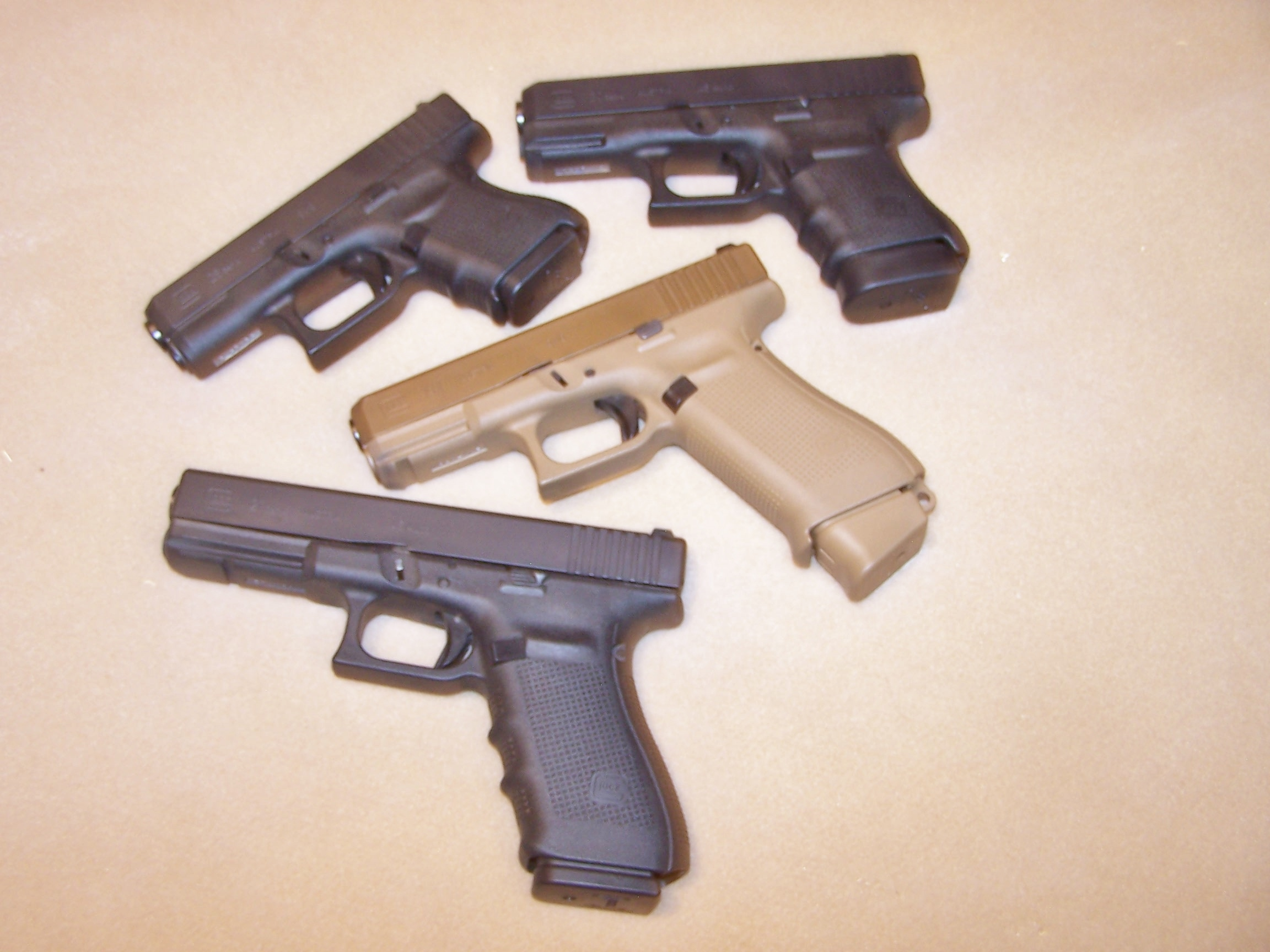 Who is the biggest Glock fan on this forum?-100_1620.jpg