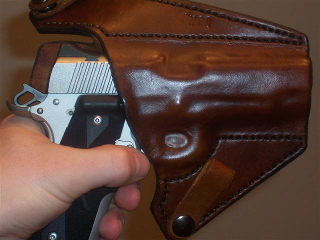 My newest holster...-100_1951-small-.jpg