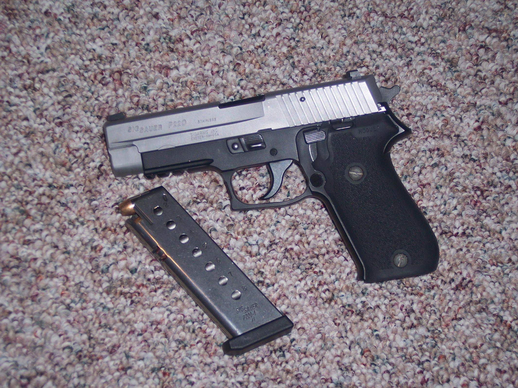 Pic Request: Sig P220 and Springfield XD-100_2117.jpg