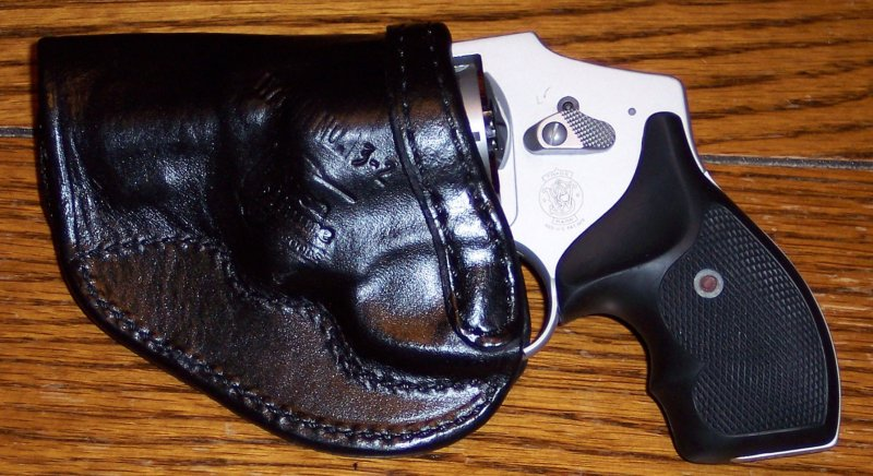 Don Hume for my S&W 642-100_2809.jpg