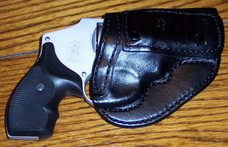 Don Hume for my S&W 642-100_2812.jpg