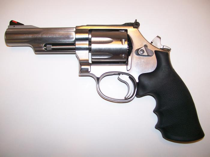 Some of us still carry Revolvers...-100_4261.jpg