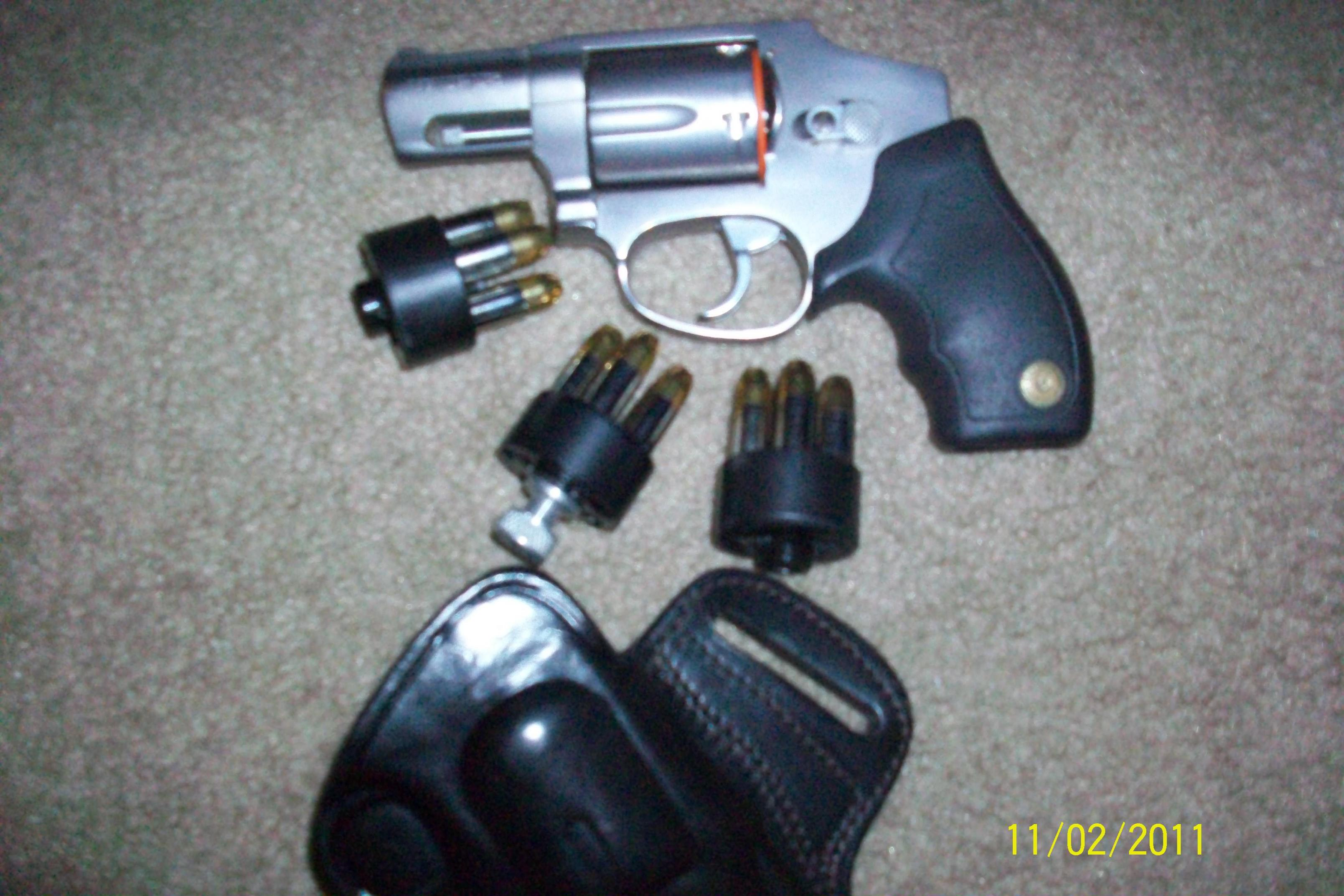 most sought after discontinued defensive handguns???-101_0900.jpg