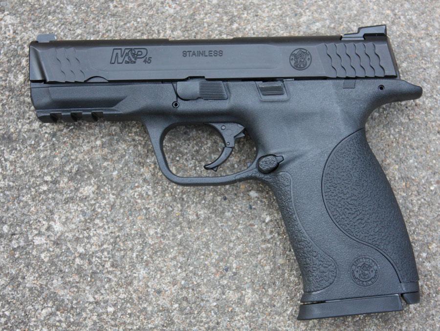 I fell in love at the gun shop-109306a.jpg