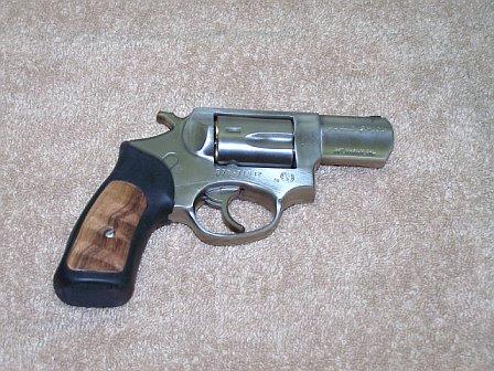 SP101 vs Glock 36-117770287306_0_alb.jpg