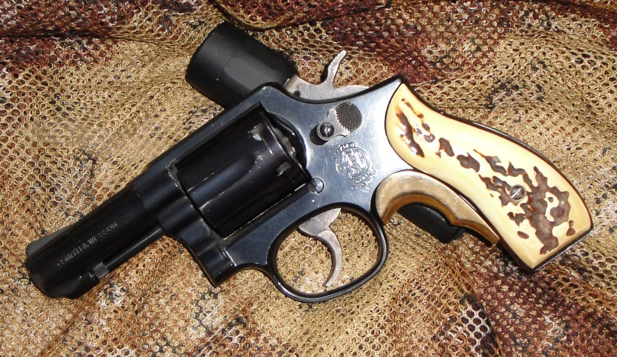Revolvers -- 7 or 8rd, high performance, concealable-13-s.jpg