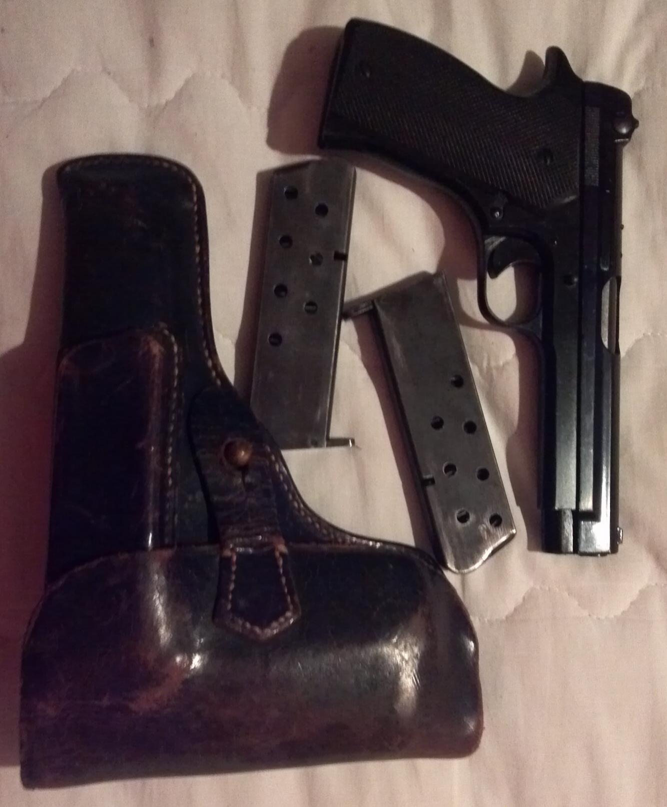Show us your first gun-1935a.jpg