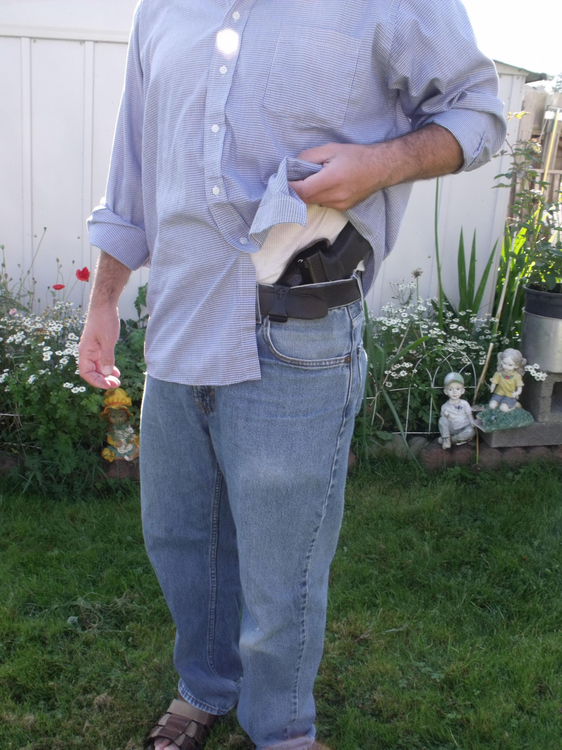 Let's See Your Pic's - How You Carry Concealed.-2010_0114val20002.jpg