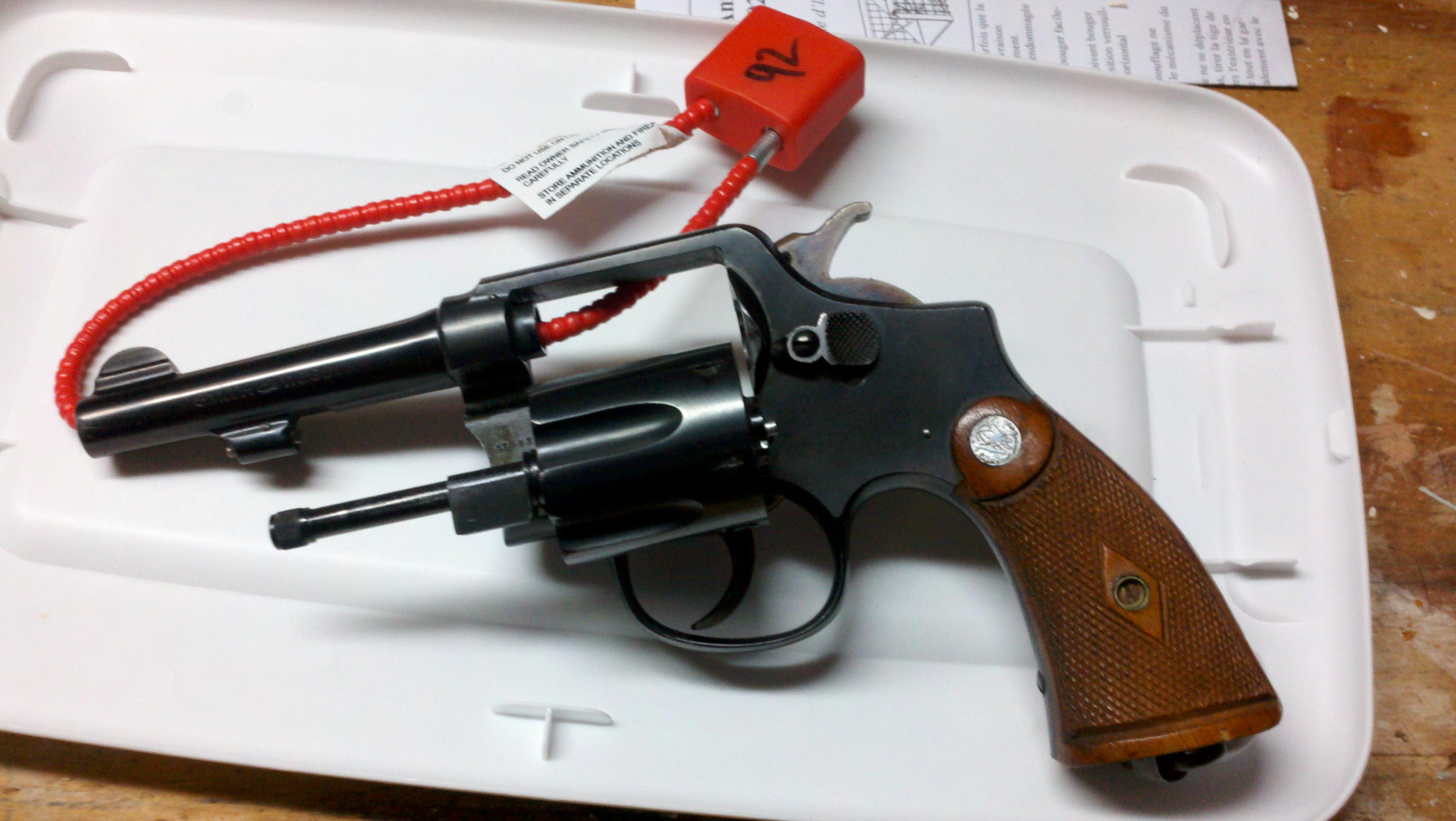 Anyone know the approximate DOB of a S&W .38?-2011-03-11_19-45-15_655.jpg