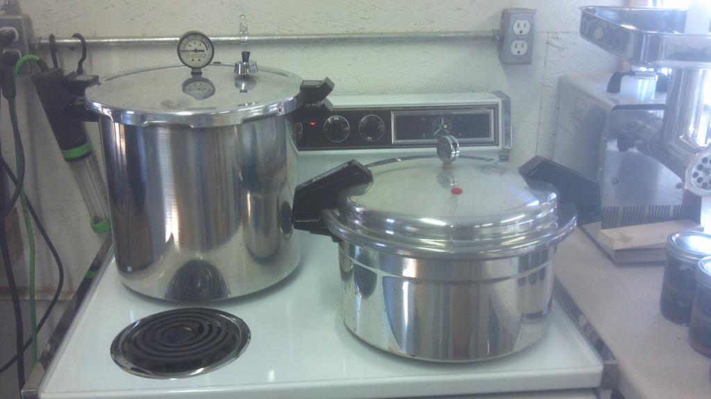 Canned venison help-2012-02-18_12-36-20_835.jpg
