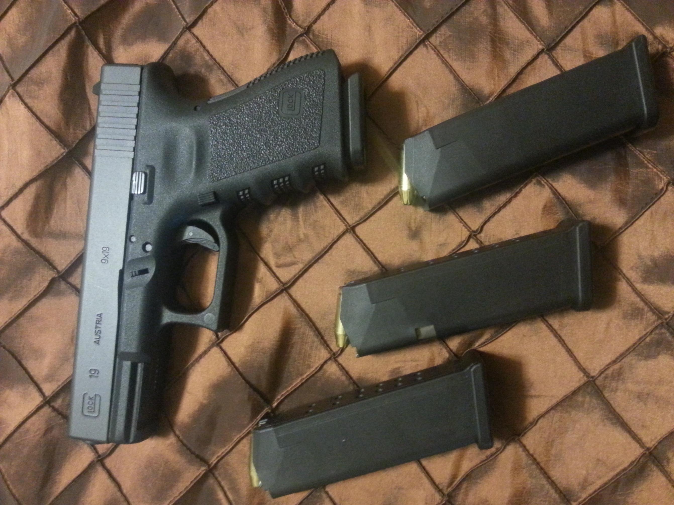 WTT New Glock G19 gen3, NS, 4High cap.mags, for Glock G29 or G30 (Broward County)-20130606_092458.jpg