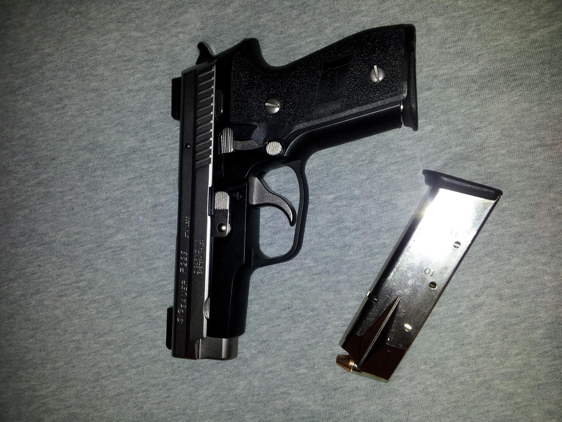 "SIG P229 ""Two-Tone""-20130711_064043.jpg"