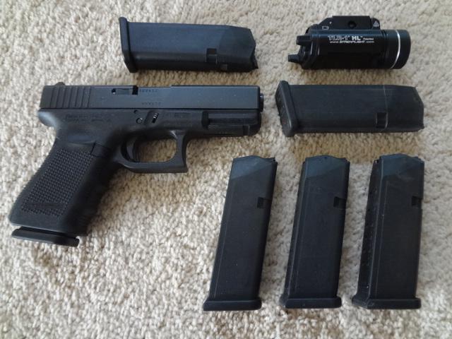 Gen 4 Glock 19 package-2013_1210copshowg190004.jpg