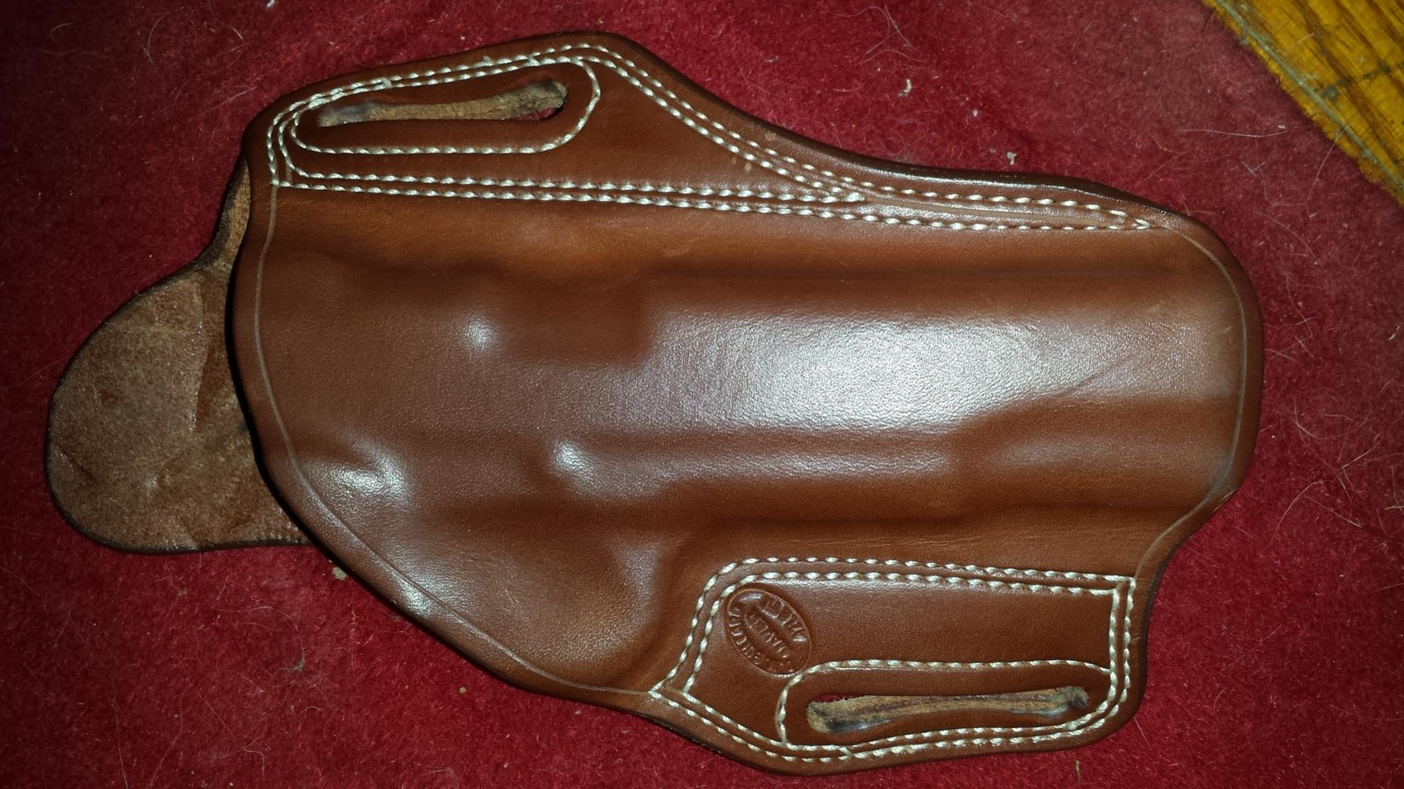 A&G gunbelt, Bullard holster, Overland mag holder, for sale.-20140118_183037.jpg