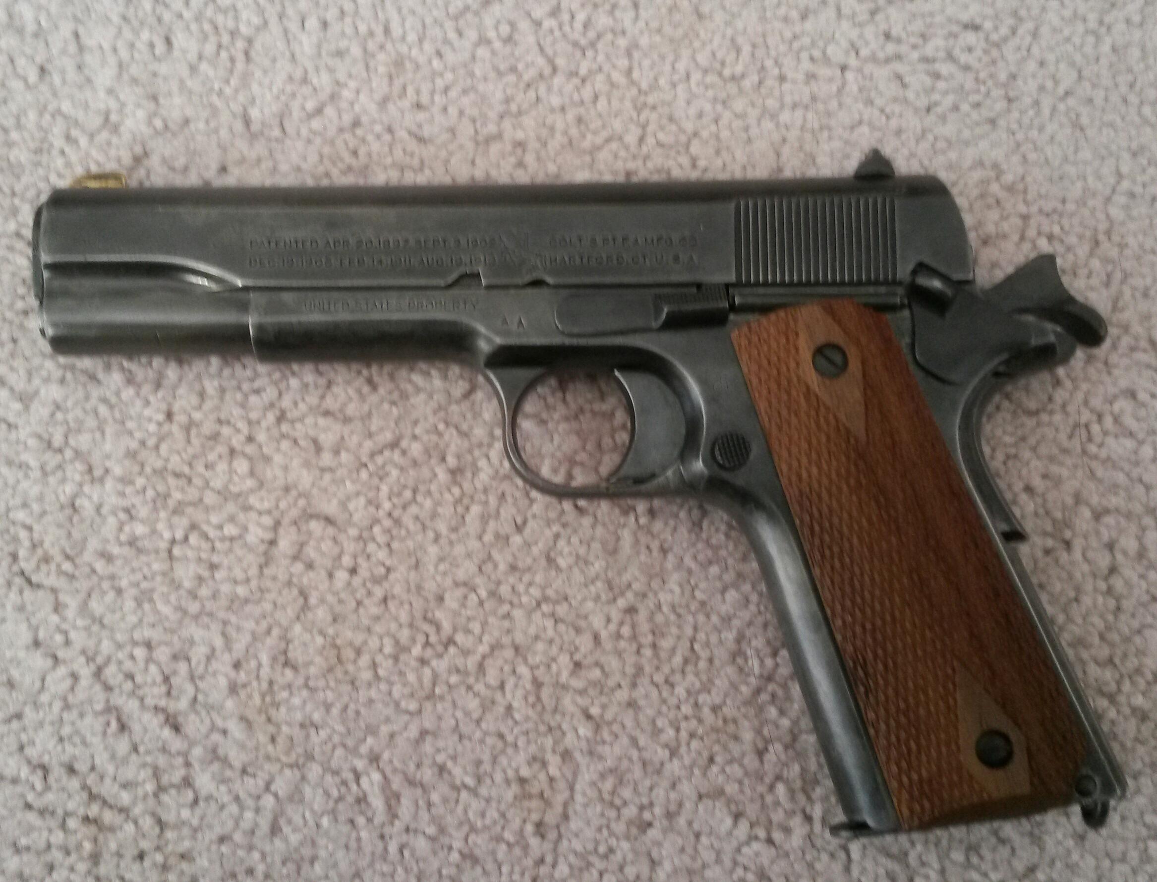 Picked up my WW1 Colt 1911 today-20140421_102727-1.jpg