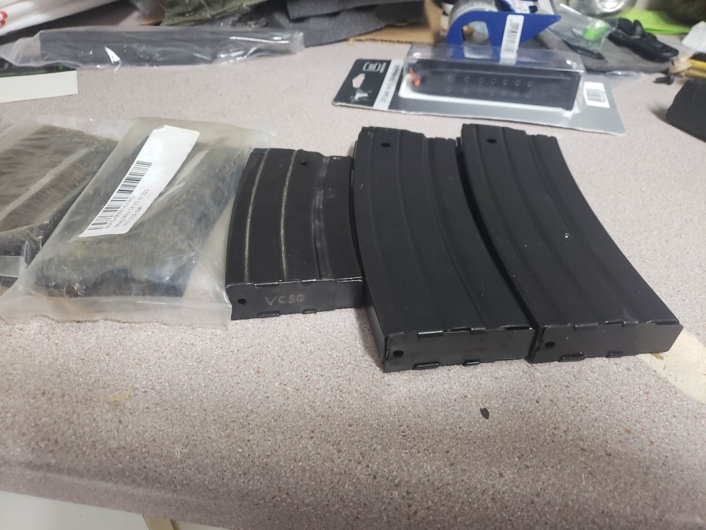 Fs ,Mini 14 mags , Glock 17/19 mags ,Sig 229-1 mag-20181022_101543.jpg