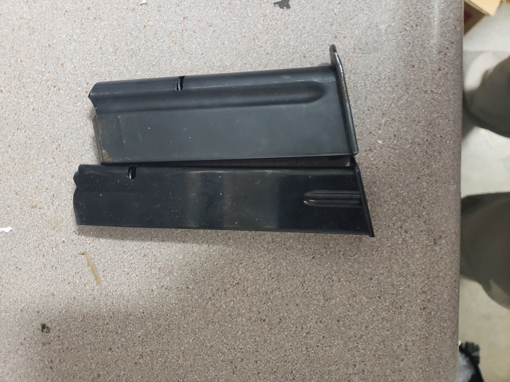 s&w 69 mags ,59 20 rounder , Hi power 20 ,De eagle 44 mag , M1  carbine 30 rounders-20190520_165258.jpg