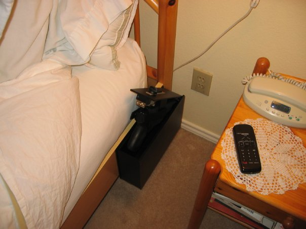 Sleep with a gun handy?-20955_248042271874_247921546874_3701205_3275758_n.jpg