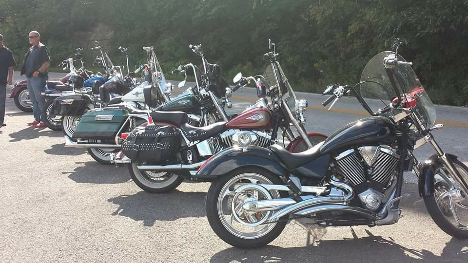 Motorcycle thread-22687539_1448314128571200_6623465469740993116_n.jpg