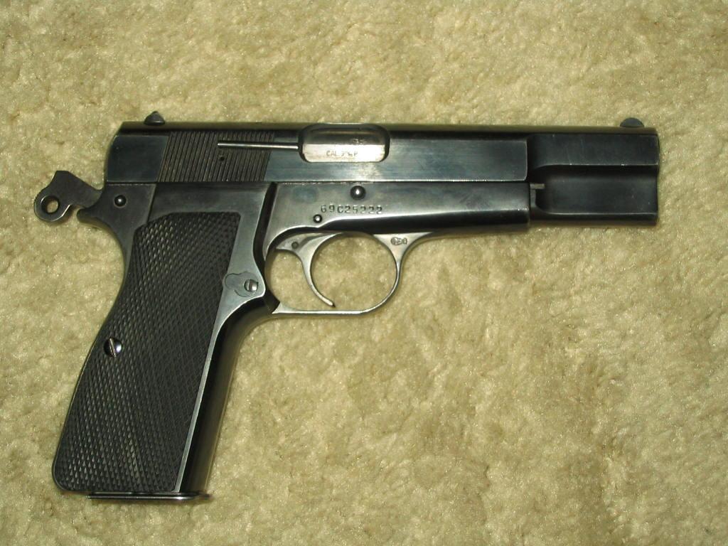 1969 P35 Belgian Browning-254_5480.jpg
