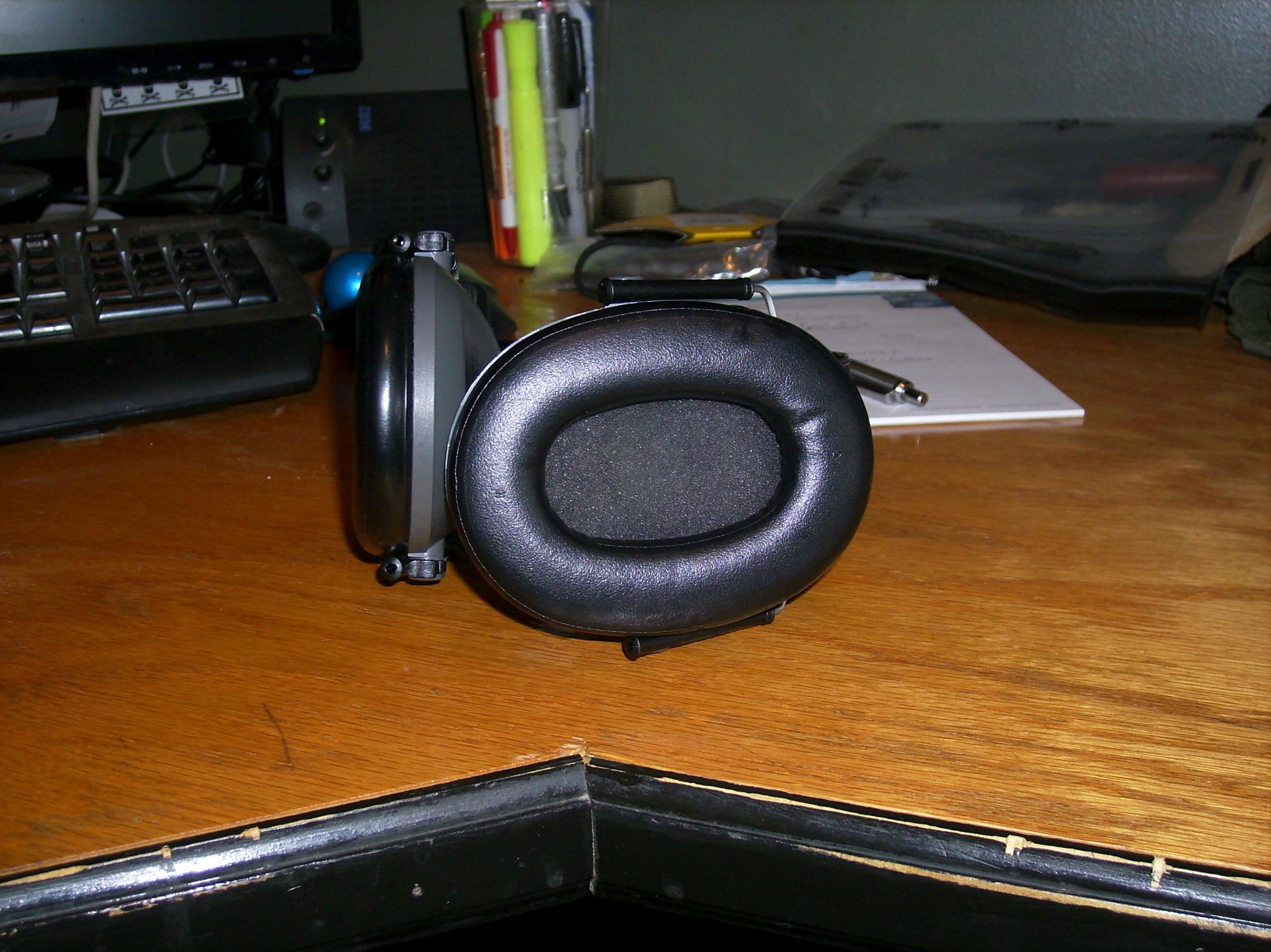 *SOLD* Peltor 6s electronic muffs-27.jpg