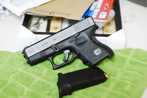 Glock 27..... finally got some pics!!!!-3531859081_1c4c378b9c.jpg