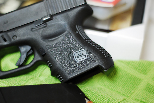 Glock 27..... finally got some pics!!!!-3531861999_45ded3645d.jpg