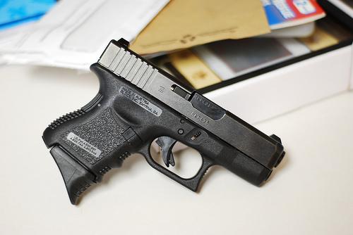 Glock 27..... finally got some pics!!!!-3532672838_1144782837.jpg