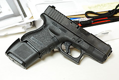 Glock 27..... finally got some pics!!!!-3713951691_92f62abe85_m.jpg