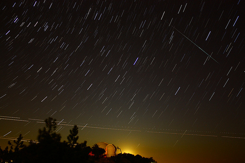 Anybody watching the Meteorite Shower?-38143.jpg